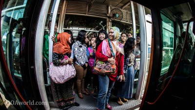 Women Line BRT Jakarta Photo Ooaworld