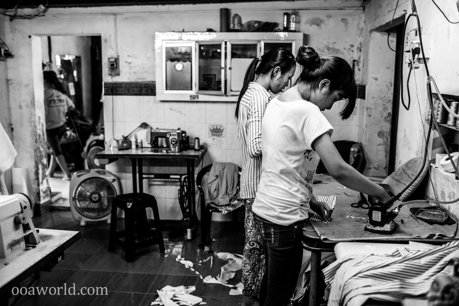 Tailored Suits Hoi An Vietnam Sweat Shop Photo Ooaworld