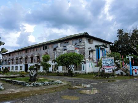 Meet inmates iwahig philippines photo ooaworld Rolling Coconut