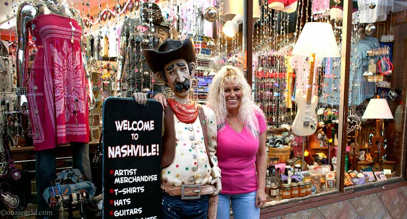 Was welcomed to Nashville by this nice lady.