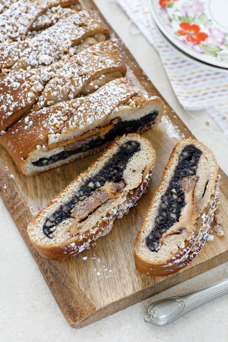עוגת שמרים פרג, חמאת בוטנים ושוקולד