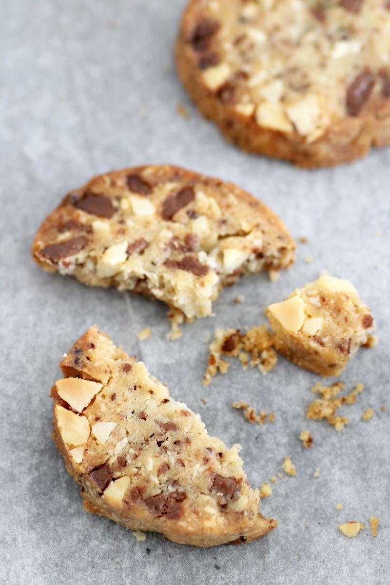 Hazelnut Cookies with Coffee and Chocolate