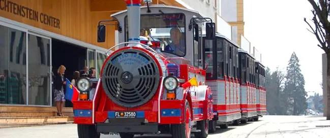 اركب قطار المدينة في فادوز