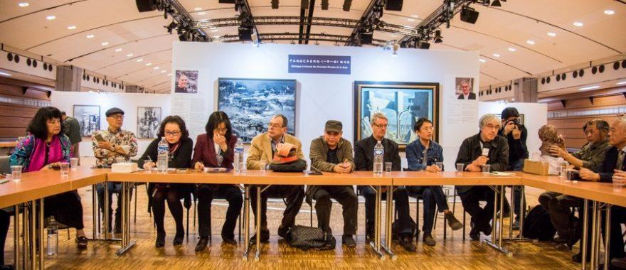 Conférence animée par Rémy Aron, Président de la Maison des Artistes, dans le cadre de l'exposition d'art franco-chinois co-organisée par Cap Cultures au Carrousel du Louvre, octobre 2015.