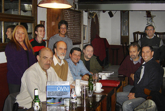 Capt. Mohaupt (sitting on the right) meeting a group of Argentinean ufologists on May 5. Sitting next to him is the prominent researcher and author Roberto Banchs. (Image credit: RIO54OVNI)