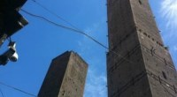 Redazione di operai Contro, il gangster Renzi afferma che con la sua legge del Jobs Act aumenteranno le assunzioni Infatti 200 lavoratori lasciati a casa, su un totale di 400 dipendenti, a partire dal prossimo 7 maggio. Arriva come una doccia gelata a pochi minuti dall'inizio dell'incontro con i sindacati confederali, l'annuncio diCoop Costruzioni, colosso edile bolognese della galassia Legacoop, che il 6 marzo ha comunicato ai rappresentanti dei lavoratori la volontà non rinnovare i contratti di solidarietàoggi in vigore per il 50% del personale assunto. Che, di fatto, se non verrà riaperta una trattativa per il ricorso ad […]