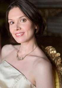 Madeleine Barringer medlem i Kungliga Operakören i Stockholm - sopran