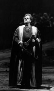 Richard Cassily amerikansk tenor på Metropolitan Opera