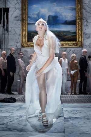 La Traviata ingen nakenchock på Folkoperan