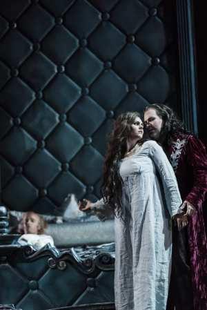 Gripande Dracula från Kungl Operan