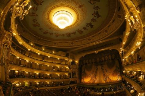 Zuschauerraum des Mariinsky Theaters in Sankt Petersburg, Foto: Peter Barrit, erhältlich bei Allposters