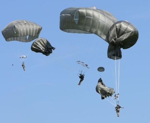 82nd airborne combat jumps