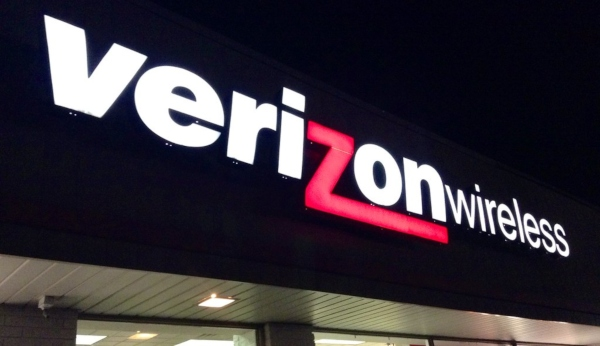 Verizon Military Discount: 3 BIG Savings They Offer Veterans