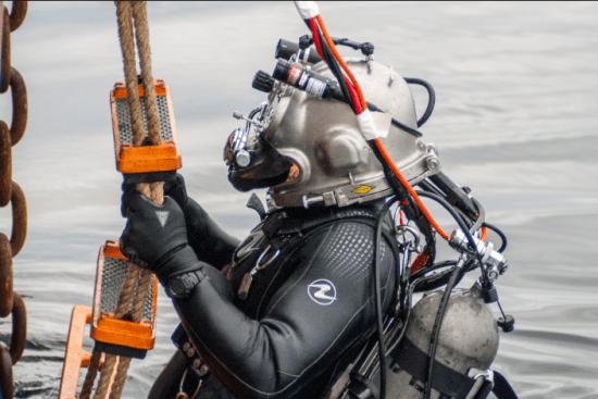 an Diver at work
