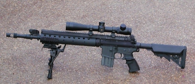 Navy SEAL Weapons and Gear: 24 Rifles, Handguns, Shotguns