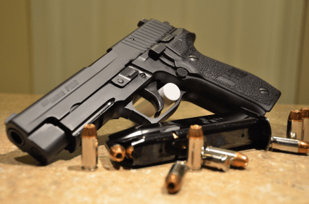 sig sauer p226 used by navy seals