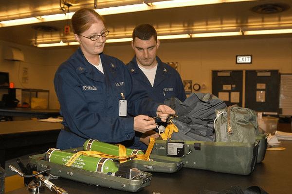 aircrew survival equipmentman - navy pr rating