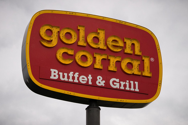golden corral military discount