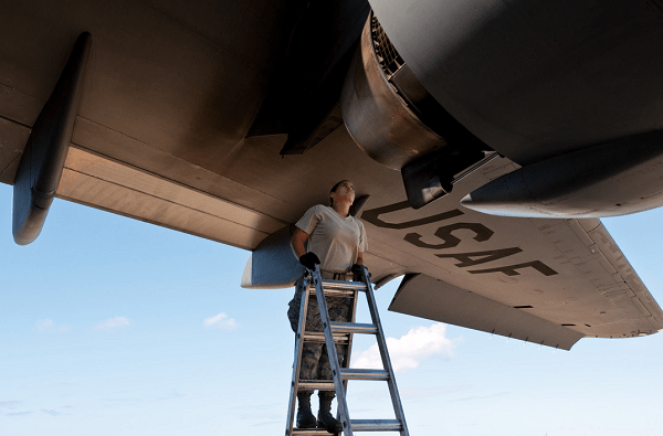 Air Force Airlift-Special Mission Aircraft Maintenance