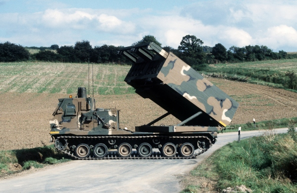 m270 self-propelled loader launcher