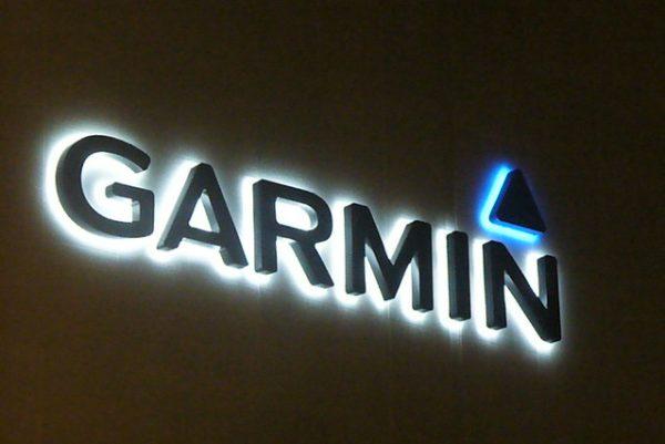 garmin military discount
