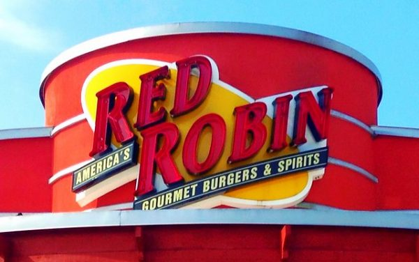 red robin military discount