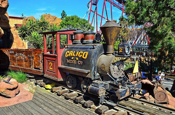 knotts berry farm military discount