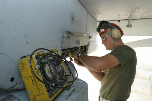 marine aircraft mechanic