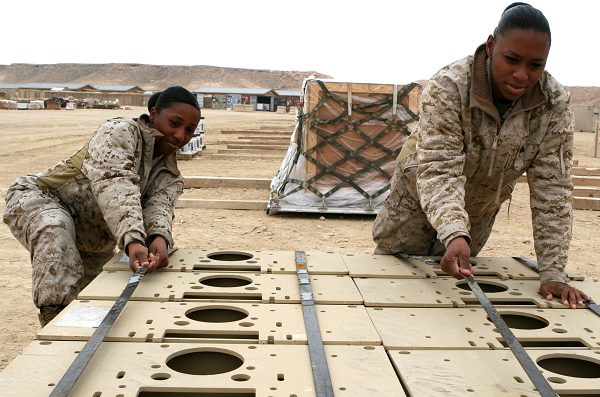 Marines from 2nd Maintenance Battalion Securing Equipment