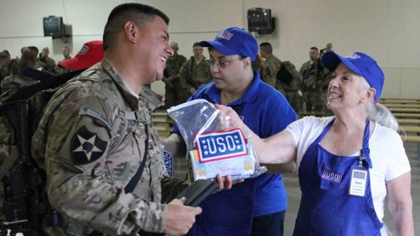 USO offers Military Volunteer Opportunities