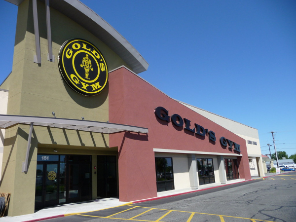golds gym military