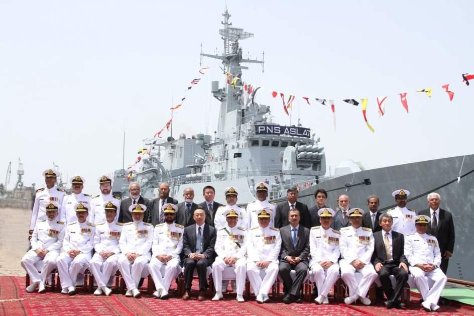 Pakistan-Navy-commissions-indigenously-built-F22P-frigate-PNS-ASLAT