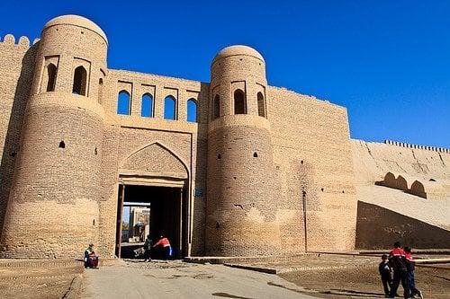 uzbekistan-overseas
