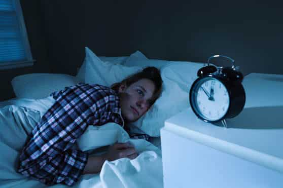 Although they provide some pain relief, prescription painkillers can cause insomnia, increased pain and sleep apnea.