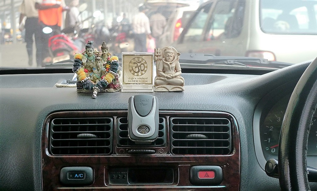 Telangana govt to provide financial assistance to non-Hindu drivers in partnership with Uber