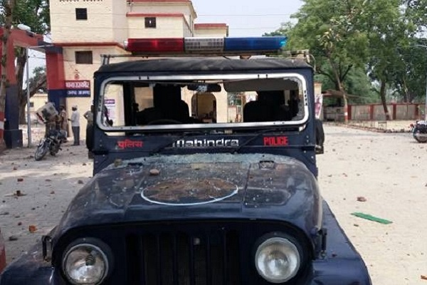 Mass violence erupts in Azamgarh over Facebook post which questioned Islam