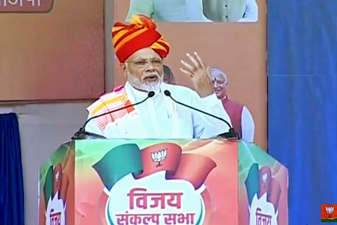 Modi launches attack on Congress