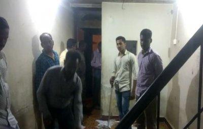 Salim Mullah attxked the police team that went to raid former deputy mayor Shama Mullah's residence