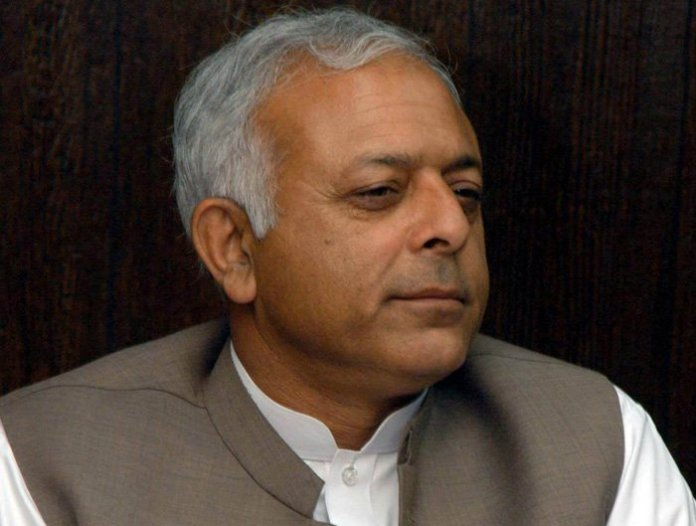 Pakistan's aviation minister Ghulam Sarwar khan stopped at Islamabad International Airport for not carrying his passport