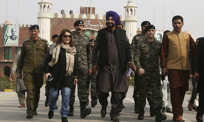 Navjot Singh Sidhu heaps uncritical admiration for the Pakistan PM Imran Khan