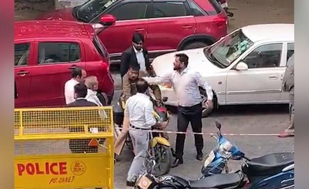 Delhi lawyers have attacked another policeman near Saket court. Clashes reported from Karkardooma court too