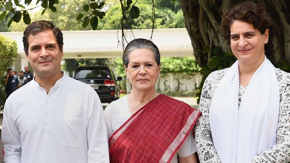 Unhappy Congress functionaries want a non-Nehru-Gandhi party president