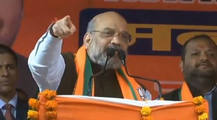 Amit Shah dares Kejriwal to come out clear on Shaheen Bagh protests