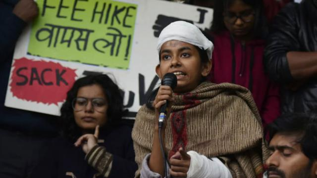 JNUSU President Aishe Ghosh along with others to be interrogated in the January 5 violence case in JNU
