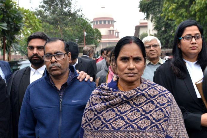 Politics being played over our daughter's death, AAP govt responsible for delay in hanging the convicts: Nirbhaya's parents