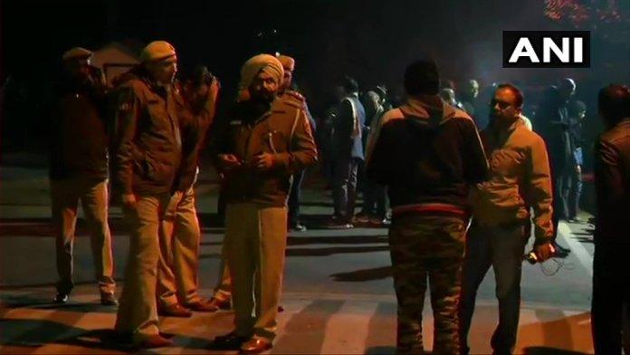 delhi police JNU