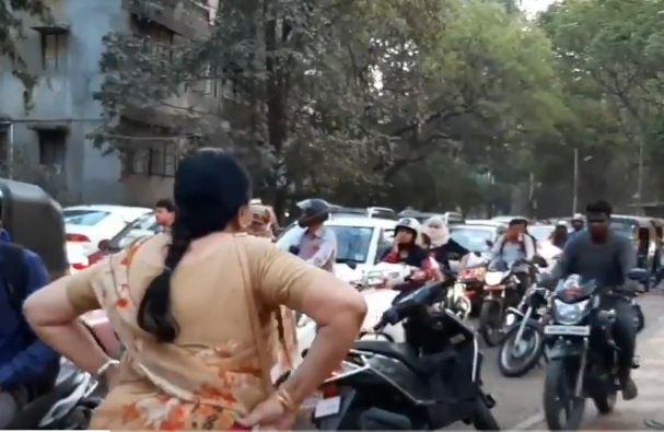 Pune footpath bikers