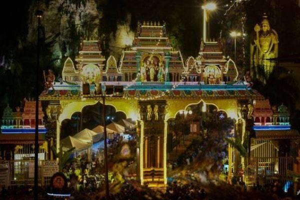 Malaysian Hindus brave coronavirus to celebrate Thaipusam festival