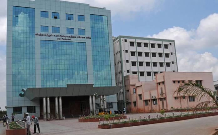 Positive Coronavirus Tablighi Jamaat patients in Trichy hospital throw their masks away