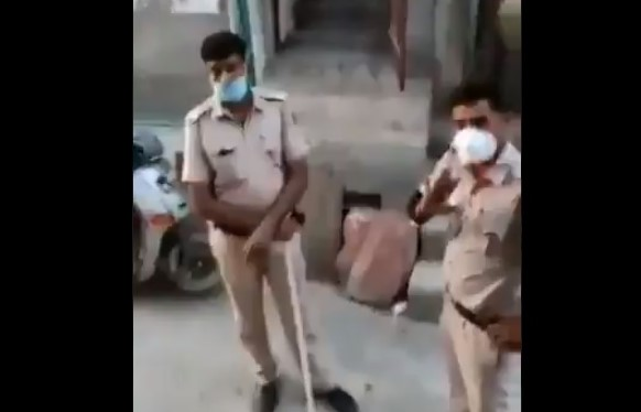 Two policemen of Delhi Police allegedly said that Azaan is not permitted in Masjid during lockdown
